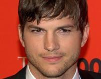 Ashton Kutcher i afera w Star