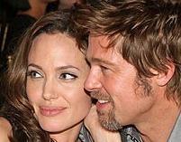 Jolie i Pitt wspierają Namibię