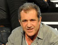 Mel Gibson nie został sam
