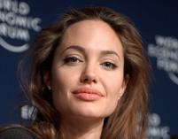 Angelina Jolie w roli Kleopatry