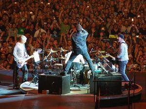 U2 - rekordowe zyski z tournee